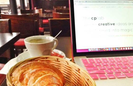 Cafe Croissant while checking emails